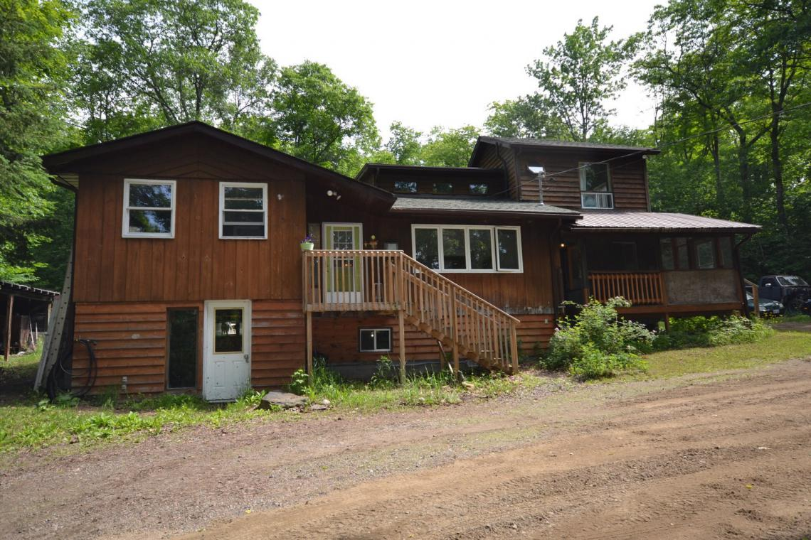 1076 Klondike Road, Eagle Lake