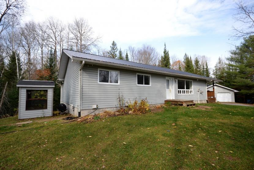 1089 Glamorgan Road, Gooderham thumbnail