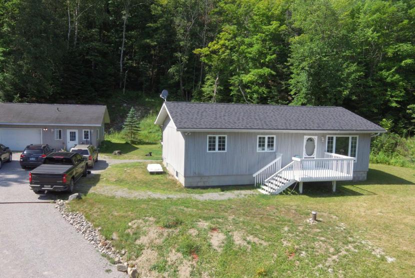 1140 Fred Jones Road, Haliburton thumbnail